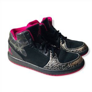 Nike Youth Air Jordan Black & Pink Size 1.5Y